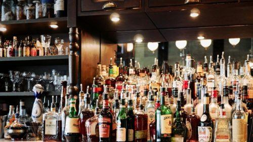 Každý druhý Čech nesnáší reklamu na alkohol